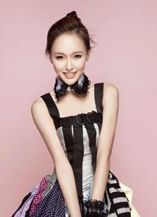 唐嫣2013年单曲《糖心》写真 任意百搭依旧优雅时尚