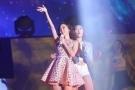 Jessica郑秀妍粉丝会唱中文歌 获粉丝集体求婚