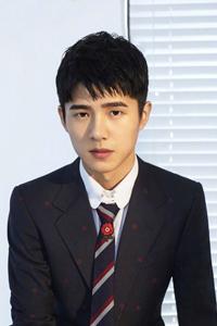 刘昊然20岁未定型 帅气酷炫展现多彩青春