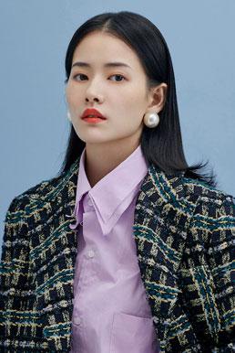 柴碧云都市质感写真 演绎现代女性的纯净色彩