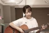 杨紫粉丝破5千万 为粉丝吉他弹唱《私奔》送福利