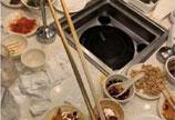 可怕!吴亦凡用过的筷子潘玮柏喝过的可乐被售卖