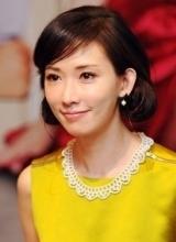 林志玲土豪金短裙性感出席甜心巧克力记者会